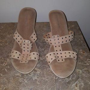 Ladies size 10 Tan sandal